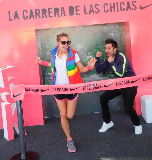 Nike - La Carrera de las Chicas - Chechu Bonelli y Gabo