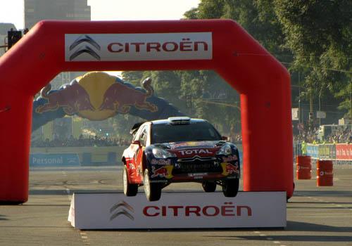 El Citroën DS3 en plena exhibición (Foto: Juan Pablo Losino - Motores a Pleno)