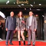Mohamed Al Fayed, Gemma Arterton y Dr Kamel Maamria (Foto: image.net)