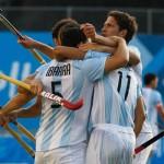 Argentina se colgó la medalla de oro en hockey masculino y consiguió el cupo a los Olímpicos de Londres 2012 Foto: AP 1 de 4      Play / Pause     Foto anterior     Próxima foto     Ampliar  Argentina se colgó la medalla de oro en hockey masculino y consiguió el cupo a los Olímpicos de Londres 2012. (Foto: AP/Terra Deportes)