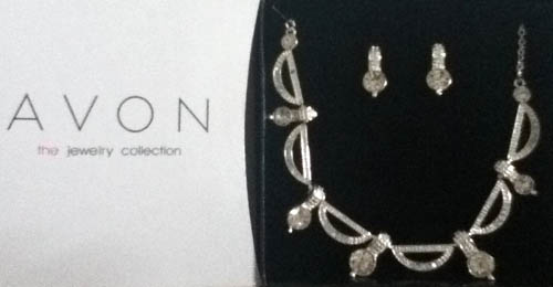 Avon - Jewelry Collection