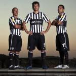 De Izq. a Der.: Clemente Rodriguez, Dario Cvitanich y Walter Erviti en la producción de fotos.