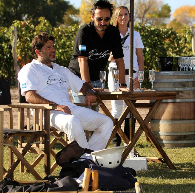 El empresario Tony Lanusse y el createur de vins Ernesto Catena disfrutaron de un fin de semana intenso de polo.