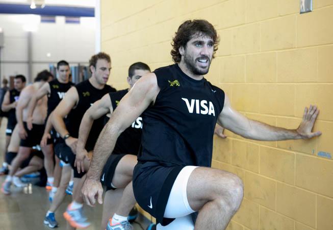Juan Fernández Lobbe en uno de los duros entrenamientos en el Athletic Performance en Pensacola. (Foto: Prensa U.A.R.)
