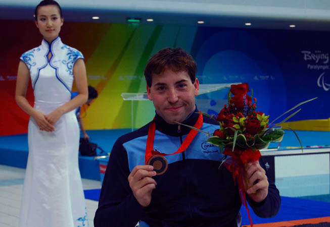 Guillermo Marro, quien conquistó en Beijing 2008 su tercera medalla paralímpica, en Londres encabezará a la delegación nacional durante el desfile inaugural.