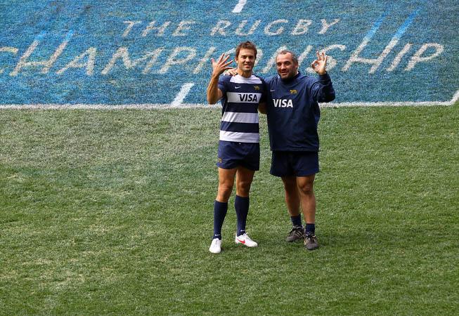Juani Hernández junto a Rodrigo Roncero en una de las práctcas de cara al Rugby Championship. (Foto: Rodrigo Vergara/UAR