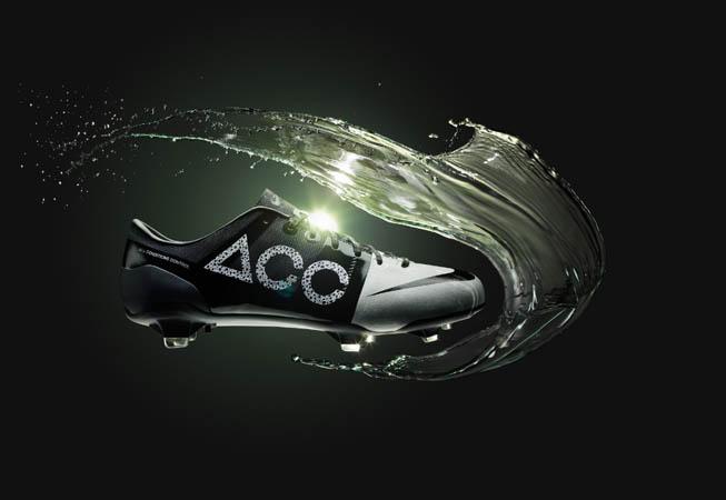 Nike - Botin GS 2