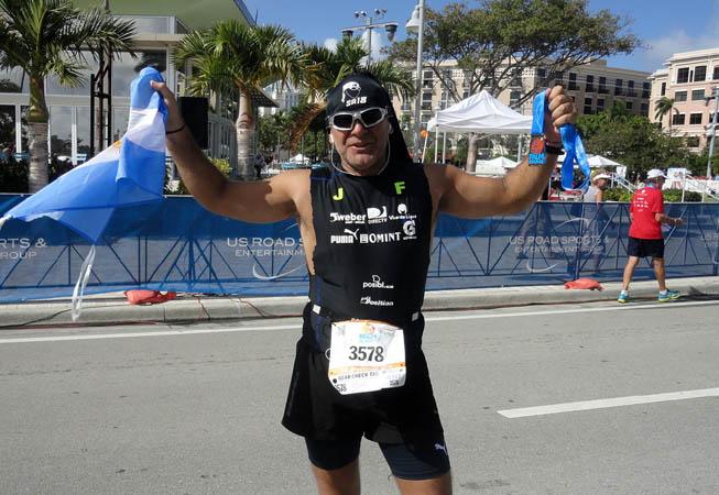 Sebastián en el Maratón Palm Beach. (Foto: www.sa18.com.ar)