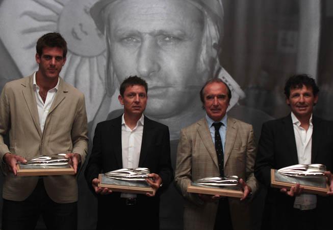 De Izq. a Der.: Juan Martín Del Potro, Guillermo Ortelli, Hugo Porta y Juan Curuchet.