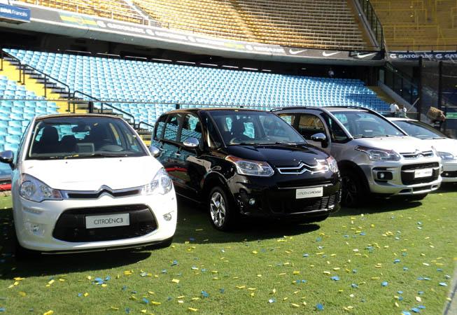 los vehículos que conforman la gama actual de productos de Citroën Argentina ::: Foto: María Gabriela Losino :::