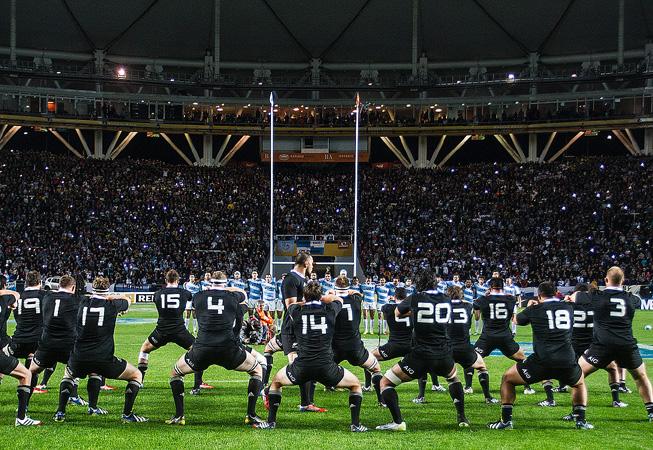 El tradicional 'Haka' maorí previo al inicio del partido. (Foto: Rodrigo Vergara/U.A.R.).