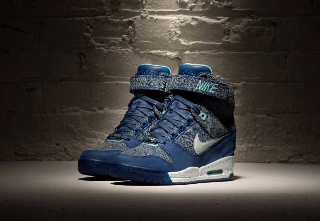Nike - Air Revolution Sky Hi City Pack 2
