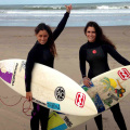 Billabong - Rochi y Coni Pose