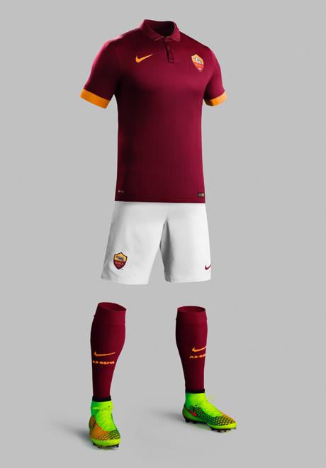Nike - Roma 4