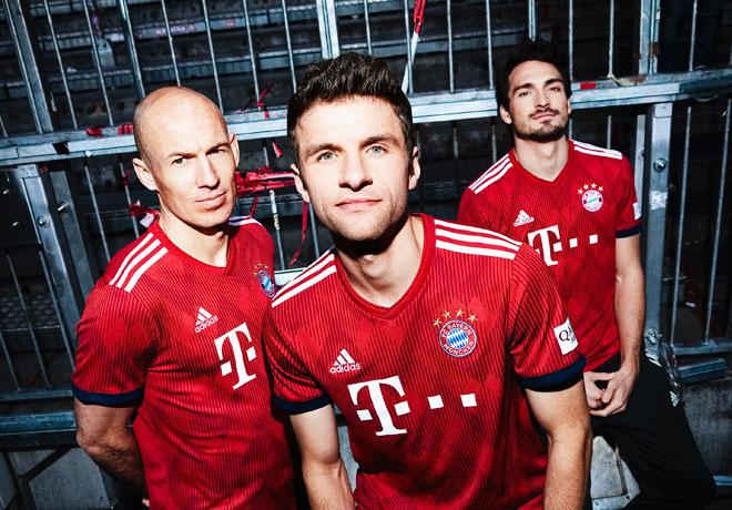 adidas - FC Bayern Munich - Arjen Robben - Thomas Muller - Mats Hummels