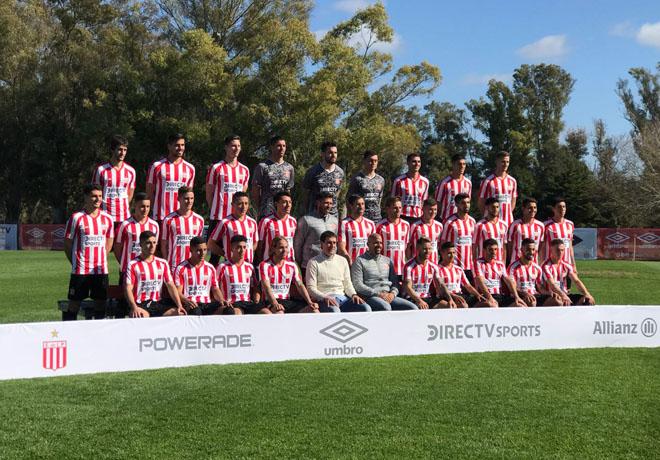 UMBRO - Estudiantes de la Plata Nuevo Kit 2018 1